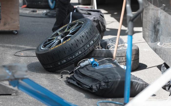 車のタイヤがパンクした!ホンダ N-BOX (エヌボックス)カスタムの場合!
